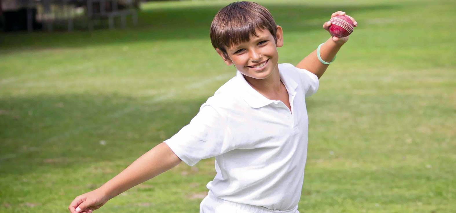 Cricket - Kid bowling 1